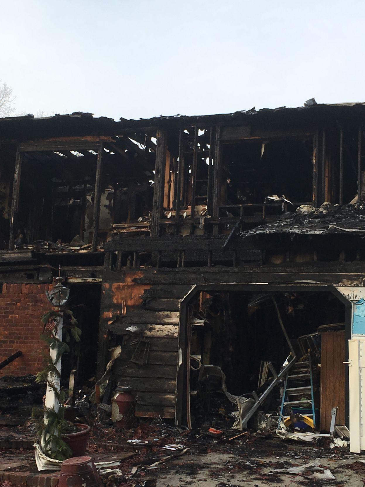 Fire destroys Manhasset superintendent's house