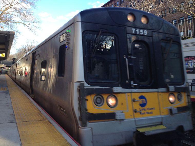 Port Washington Branch experiences slight schedule shifts