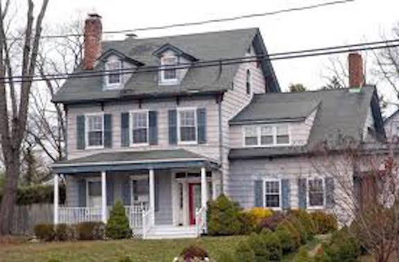 The Owner Of The Historic Baxter House Has Submitted An Application To The  Village Of Baxter Estates To Demolish The House And Build A Replica, ...