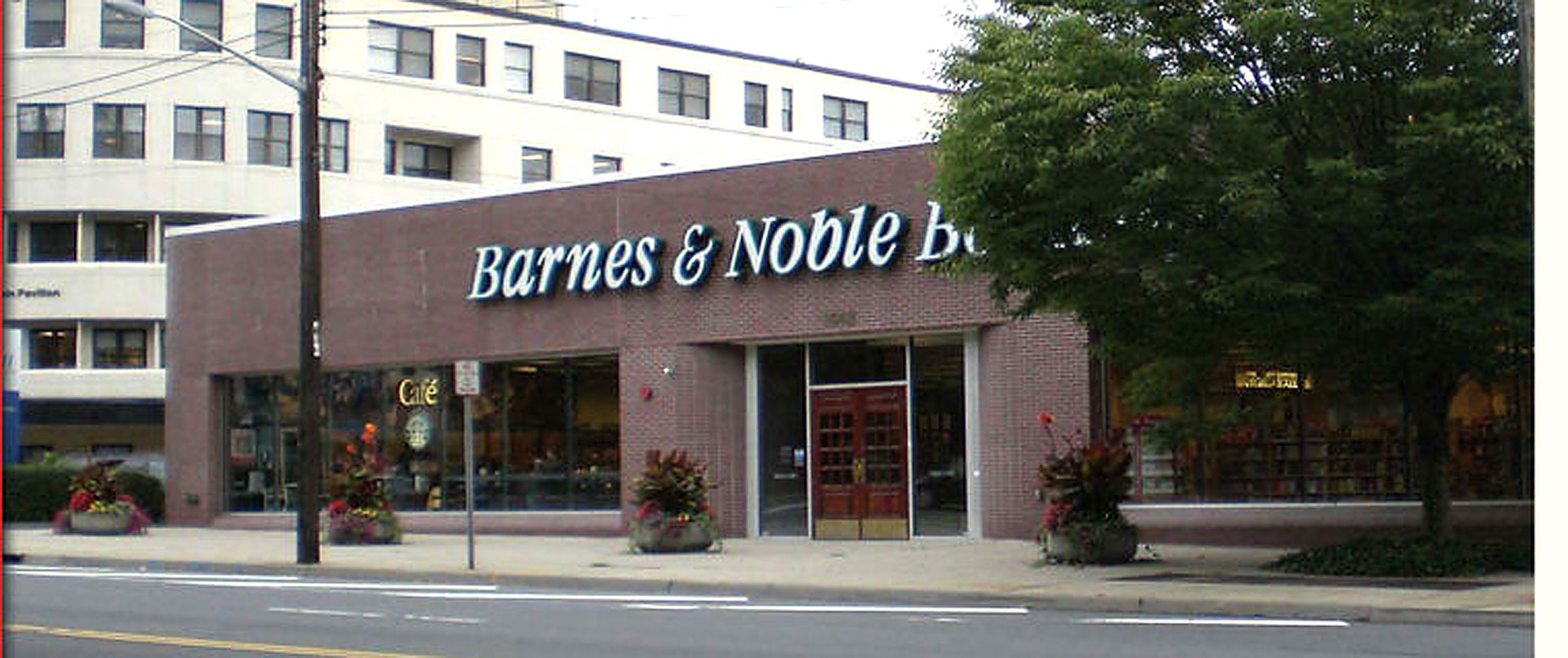 Owner Of Barnes Amp Noble Gains Approval For Development