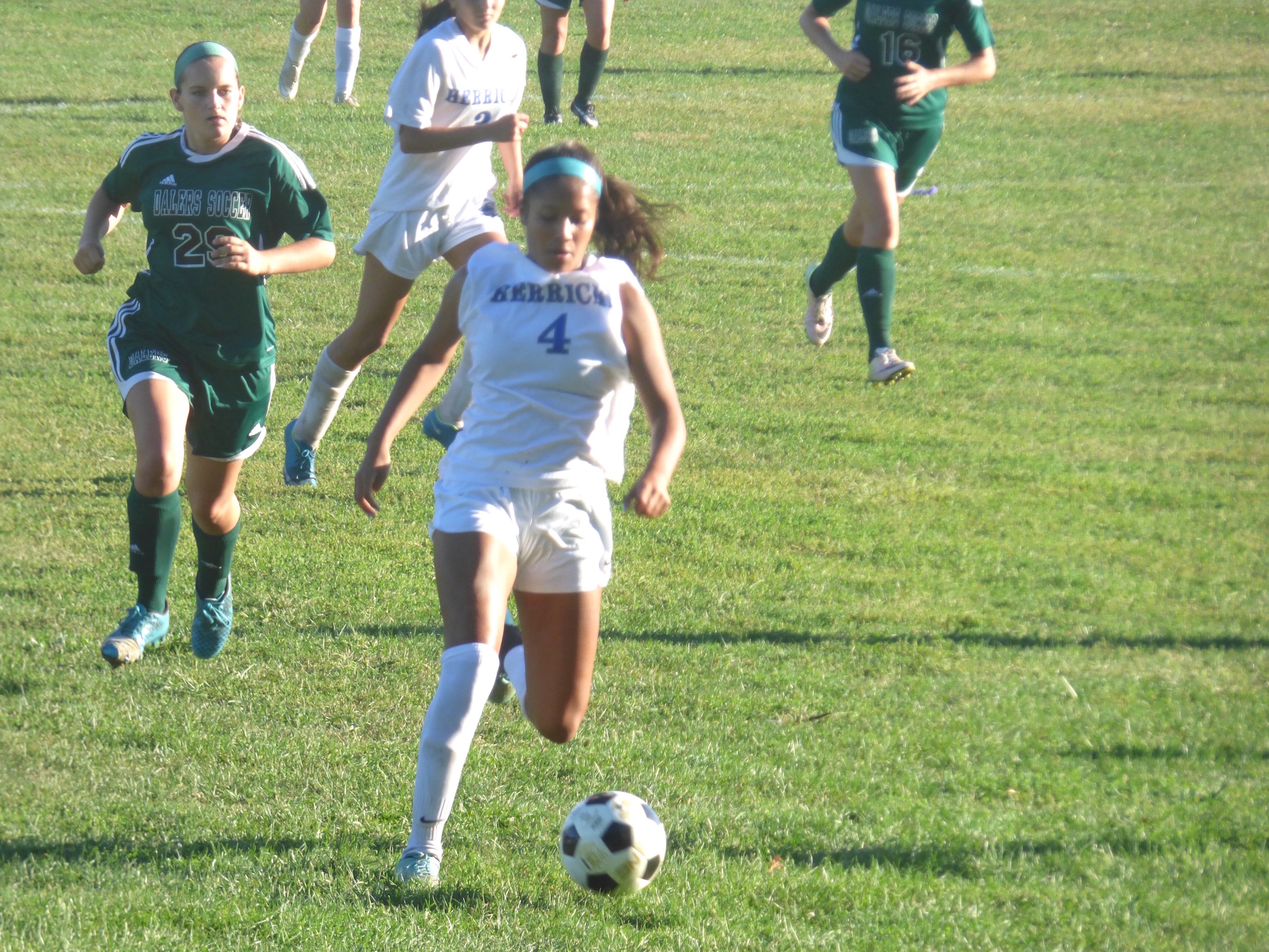 Caitlin Cosme's soccer leadership takes her to college stage