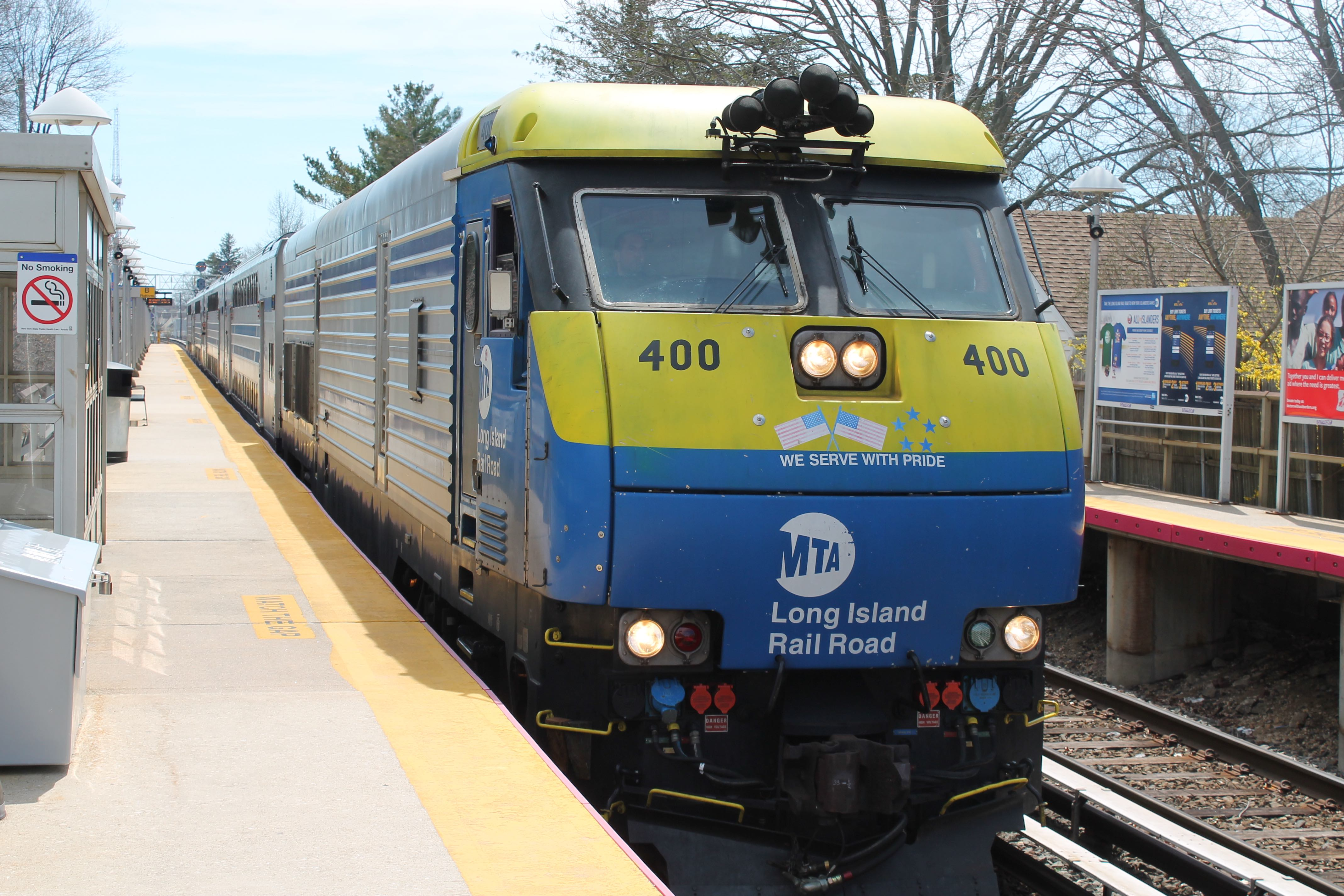 A Long Island Rail Road train pulls into the East Williston station on the Oyster Bay branch. (Photo by Noah Manskar)