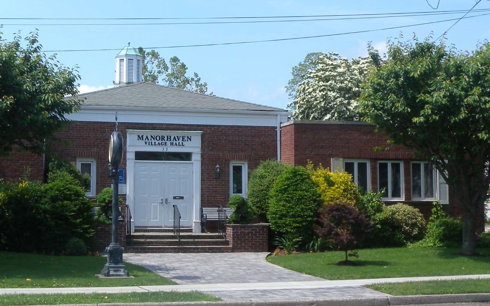 DuBois removed from Manorhaven zoning board