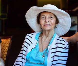 Esther Raviv, longtime Hebrew teacher, dies at 90