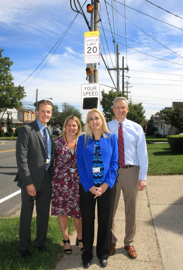 Speed Signs Warn Drivers Near New Hyde Park Road School The Island Now