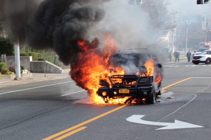 This car fire locked down traffic on Northern Boulevard on Sunday morning. No injuries were reported.