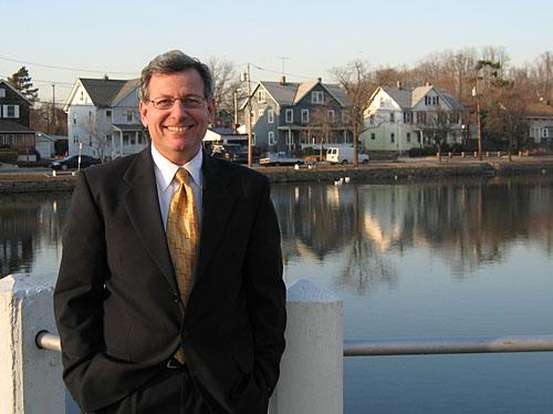 Port Washington Mayor Bob Weitzner. (Photo courtesy of the candidate)