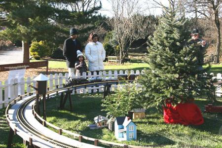 Merveilleux The Outdoor Trainset At Clark Botanic Garden In Albertson.