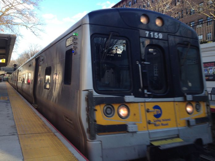 Platform replacement project begins at Stewart Manor train station