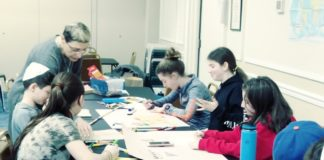 Students at the Lake Success Jewish Center are guided through an art project. (Photo courtesy of the Lake Success Jewish Center Hebrew School)