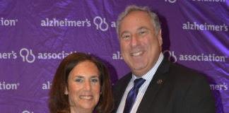 Dr. Alan Mazurek, pictured here with his wife Karen, was honored for his efforts to fight Alzheimer's disease. (Photo courtesy of the Alzheimer's Association)