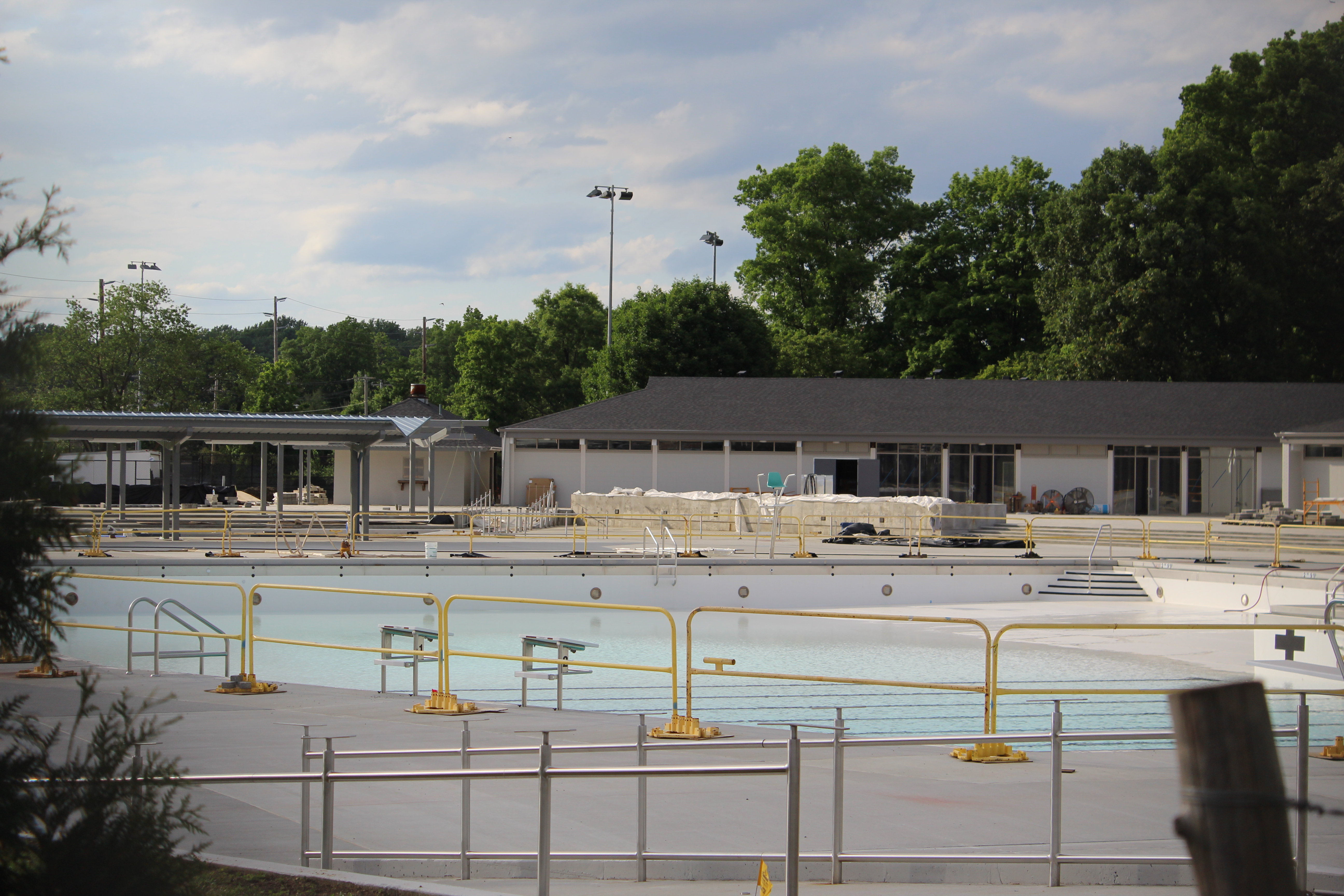 Unik Renovated Clinton G. Martin pool to open June 30 - New Hyde Park XY16