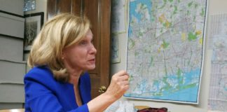 State Sen. Elaine Phillips speaks with Blank Slate Media. (Photo by Janelle Clausen)