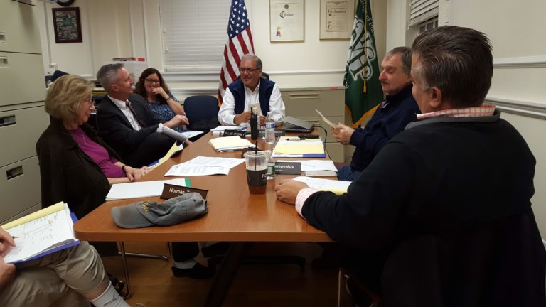 Mayors seek solution for Plandome Road plowing issue