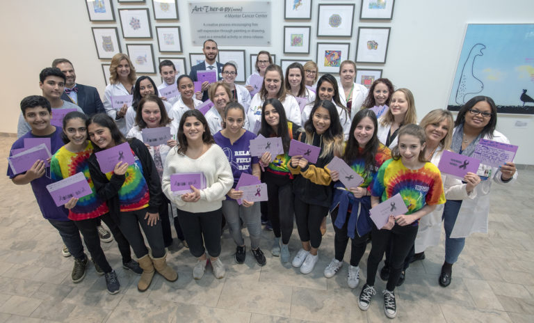 Great Neck North Middle students thank Northwell doctors at cancer institute