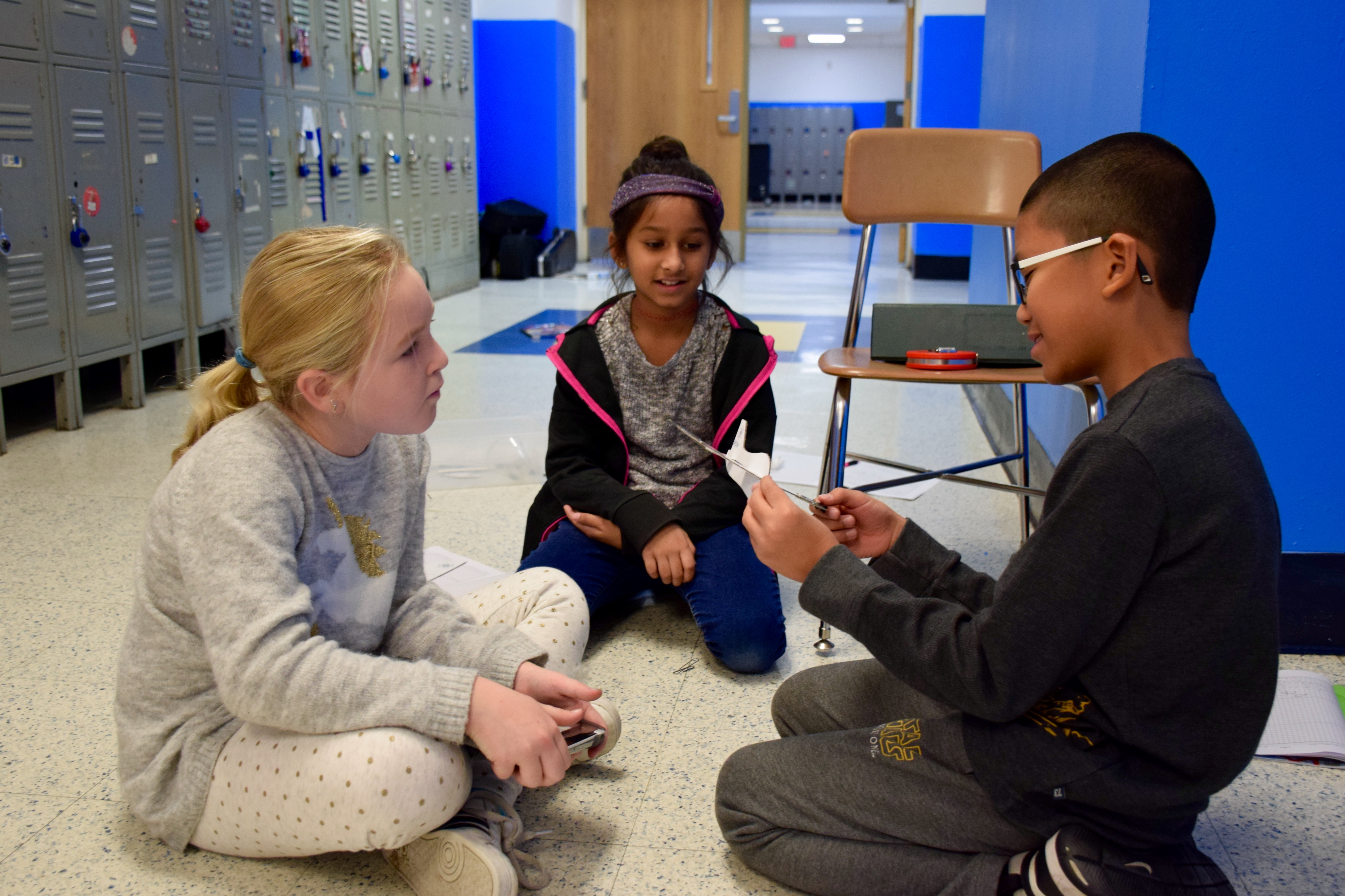 New Hyde Park Students Study The Science Of Flight School News The Island Now