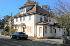 113 Steamboat Road is currently unoccupied due to fire damage. (Photo from Meltzer / Costa and Associates Architects & Engineers)