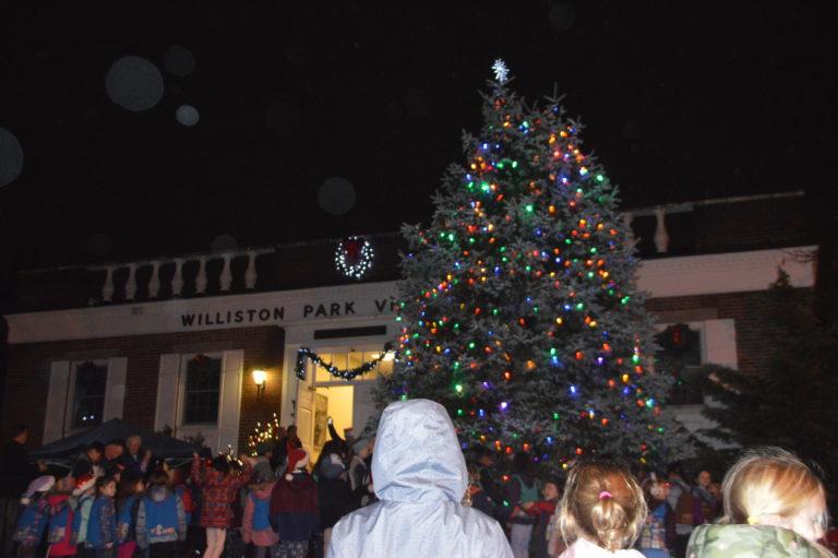 Annual Williston Park tree lighting ushers in local holiday spirit