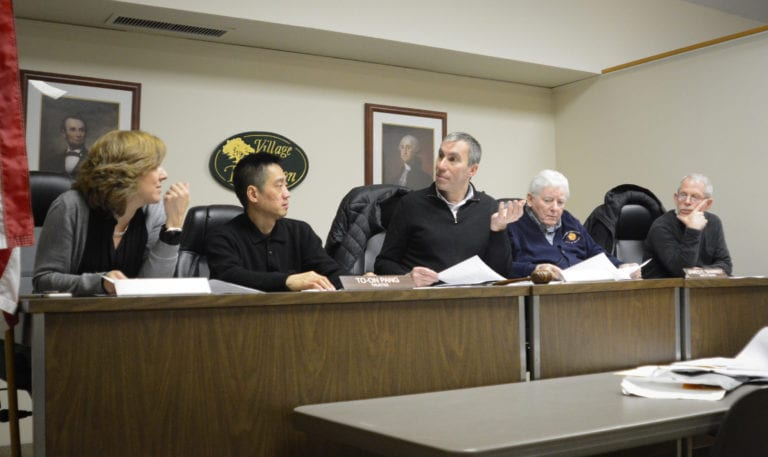 Thomaston approves budget, hires building official