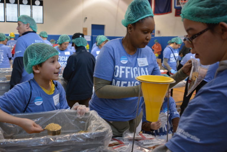 Sid Jacobson JCC packages 30,000 meals on Martin Luther King Jr. Day