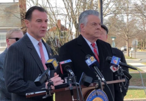 Tom Suozzi and Peter King discuss newly introduced legislation to repeal the limits on state and local tax reductions. (Photo courtesy of Rep. Tom Suozzi's office)