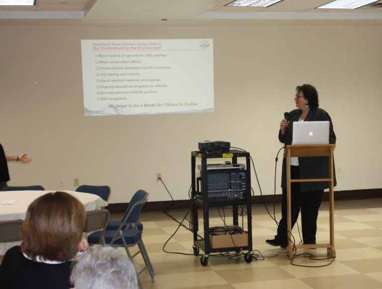 Commissioner Katz discusses district initiatives at Great Neck Synagogue