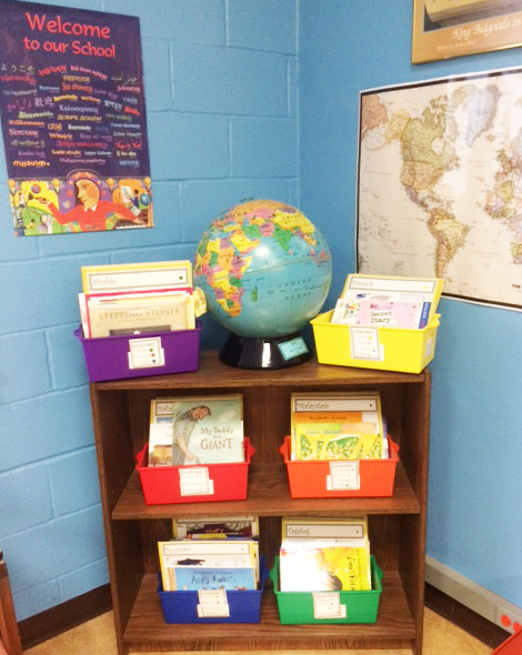 Lakeville School offers a dual language library for its students. (Photo courtesy of the Great Neck Public Schools)