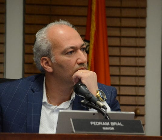 Great Neck Village Mayor Pedram Bral at Tuesday night's meeting. (Photo by Janelle Clausen)
