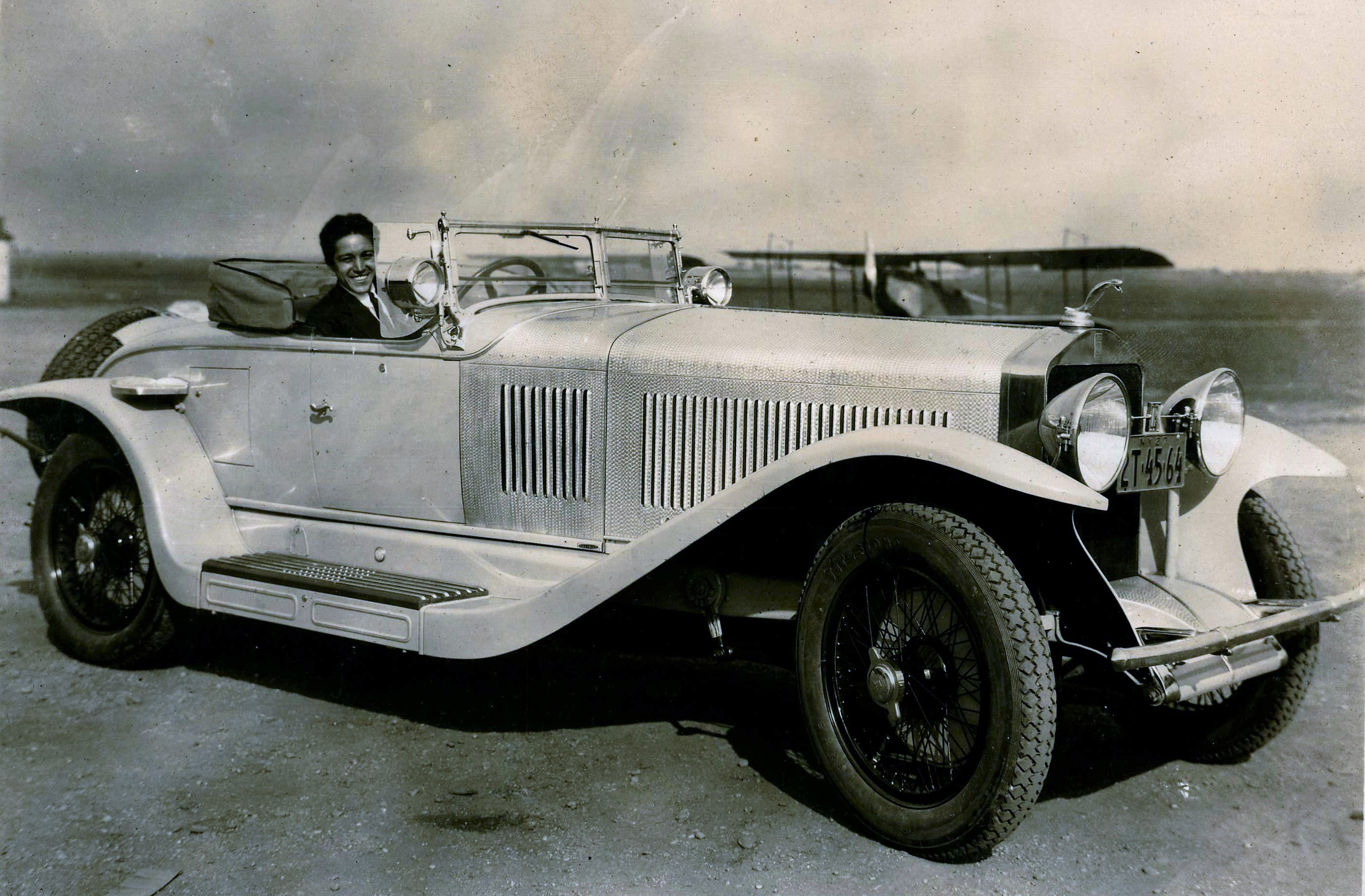 LOCAL HISTORY MATTERS: Manorhaven man owned roadster designed by ...