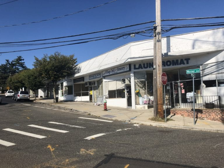 Roslyn resident to present plan on Warner Ave. at Oct. 15 meeting