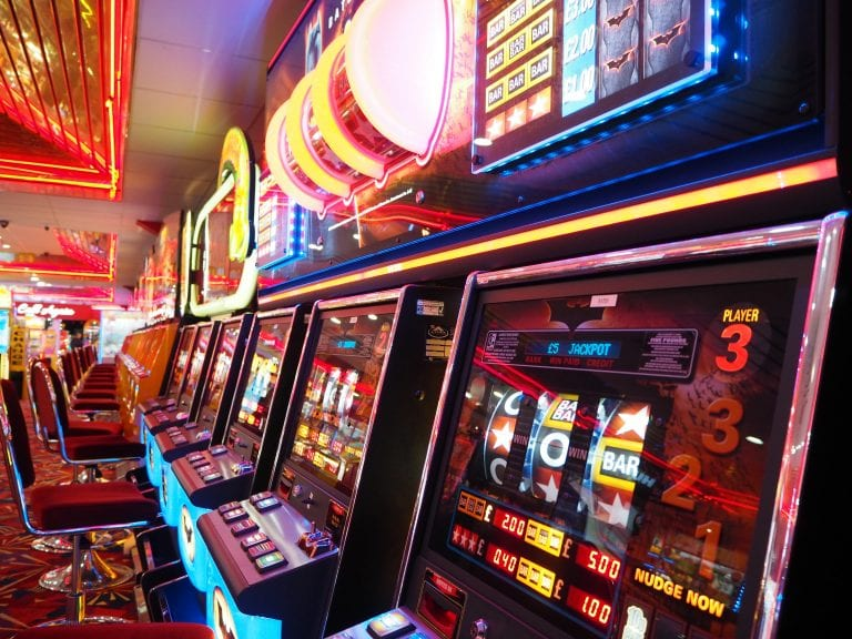 7 Biggest Slot Machine Wins of All Time