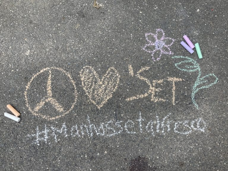 'Chalk the Town' at Manhasset Al Fresco presented by Beautify Manhasset