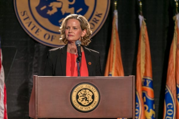 Curran calls on Legislature to return from 'summer vacation' to vote on proposal